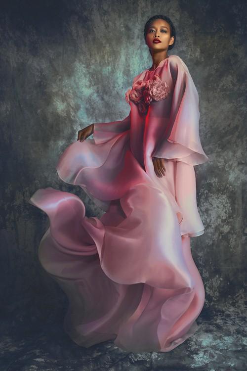 Xúng xính đầm dạ hội mùa thu
