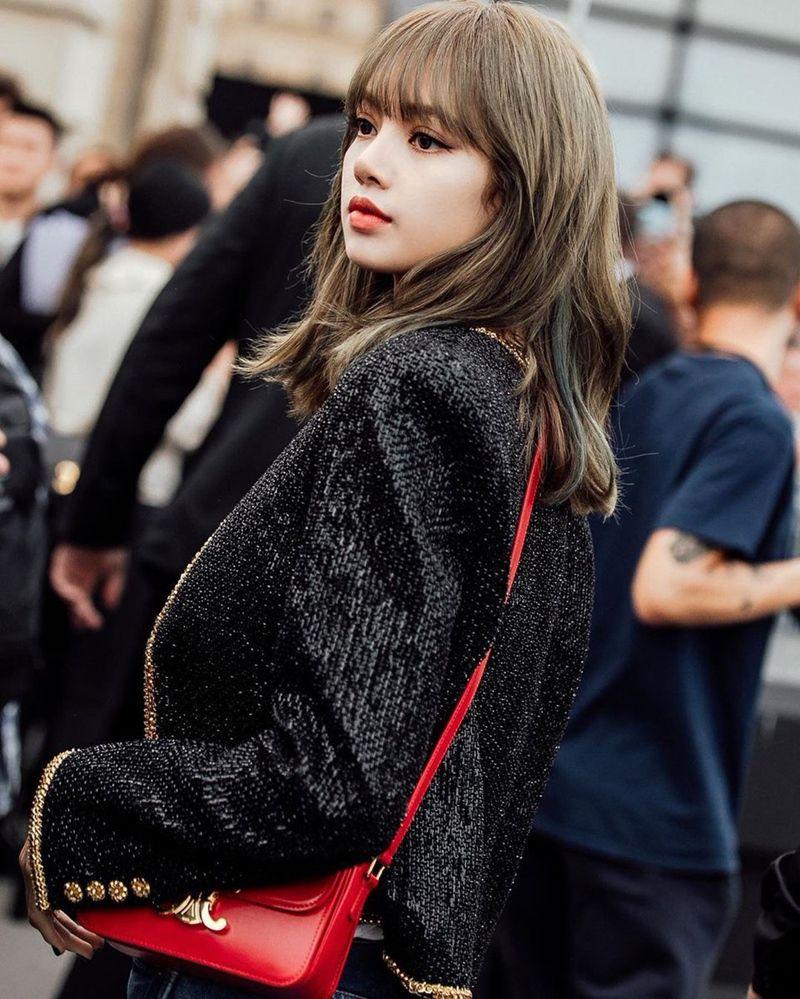 Lisa tại show thời trang của thương hiệu Celine tại Pháp