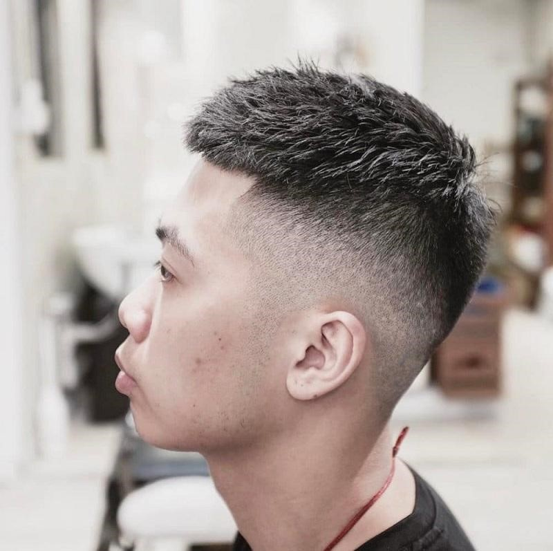 Toc Mohican dau dinh