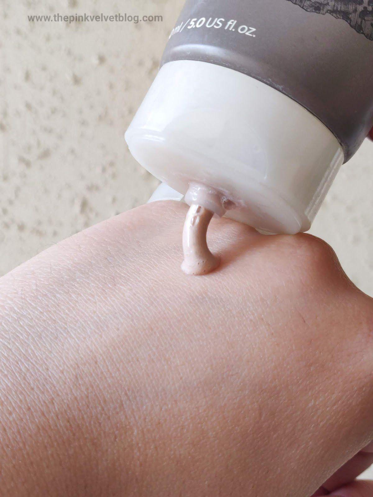 Sữa rửa mặt The Face Shop Jeju Volcanic Lava Pore Cleansing Foam có tốt không