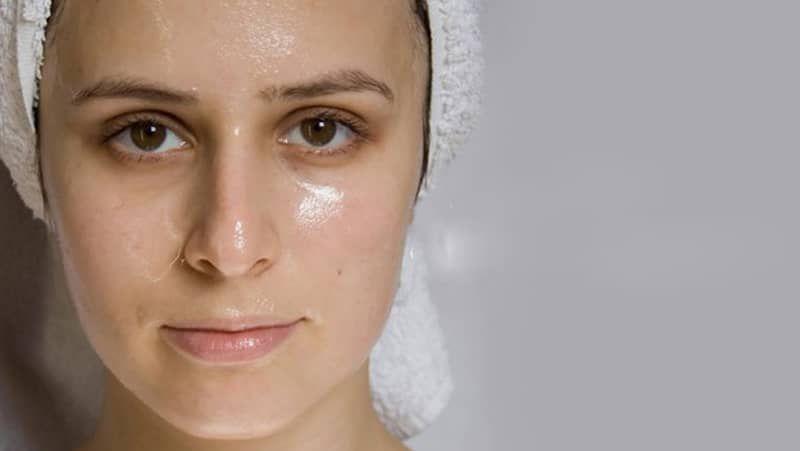 Sữa rửa mặt cho da dầu nhờn và mụn