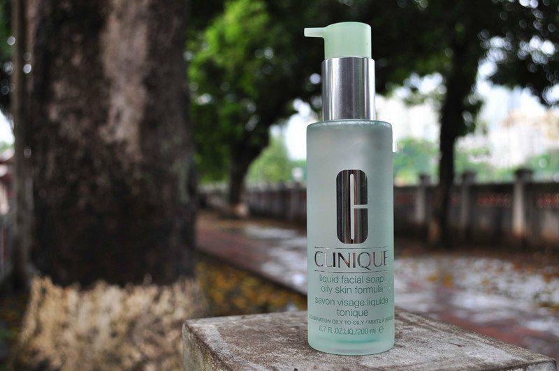 Sữa rửa mặt Clinique cho da dầu mụn: Clinique Liquid Facial Soap Oily Skin Formula