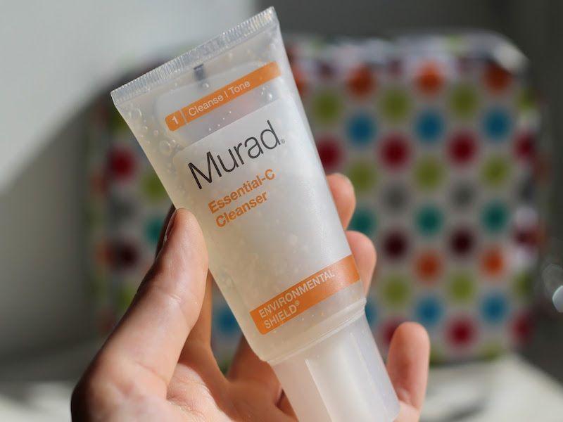 Sữa rửa mặt cho da dầu Murad Essential C Cleanser2