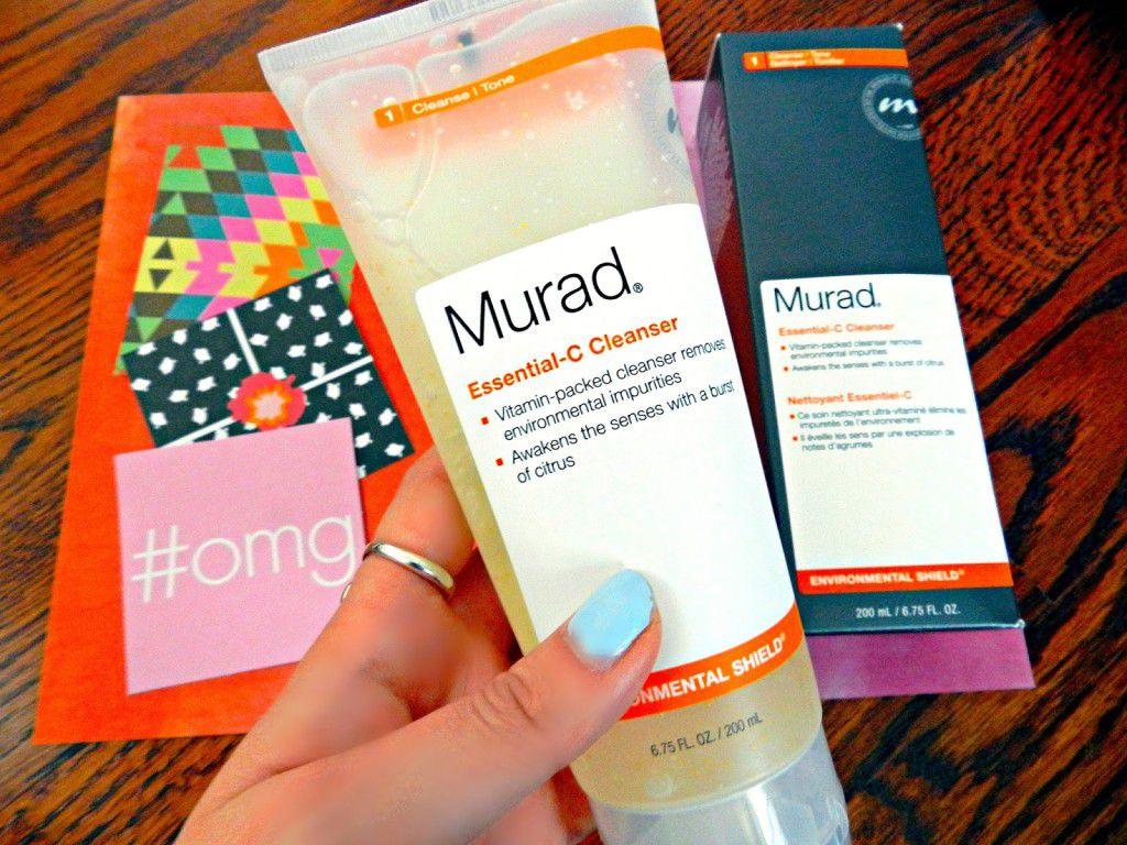 Sữa rửa mặt cho da dầu Murad Essential C Cleanser