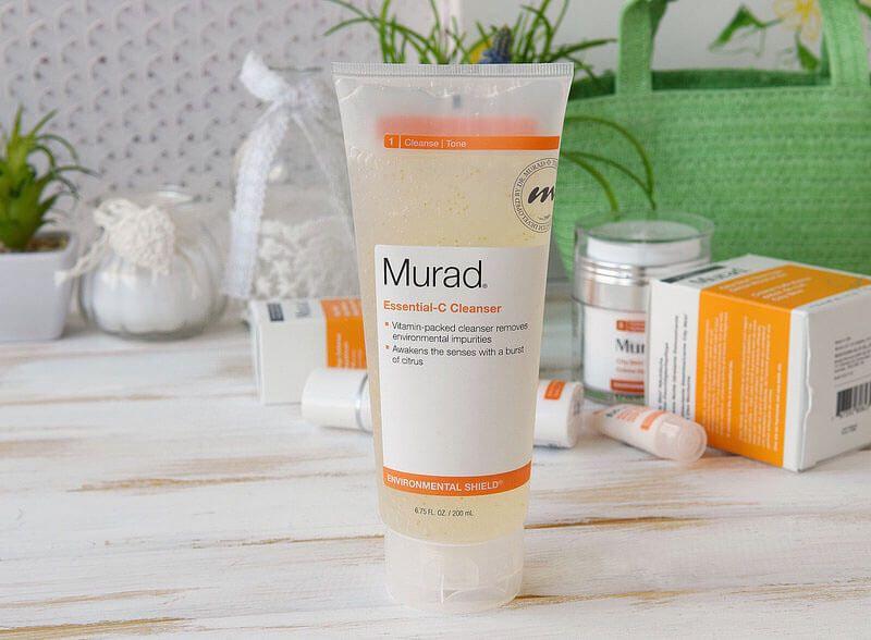 Sữa rửa mặt Murad trị mụn có tốt không?