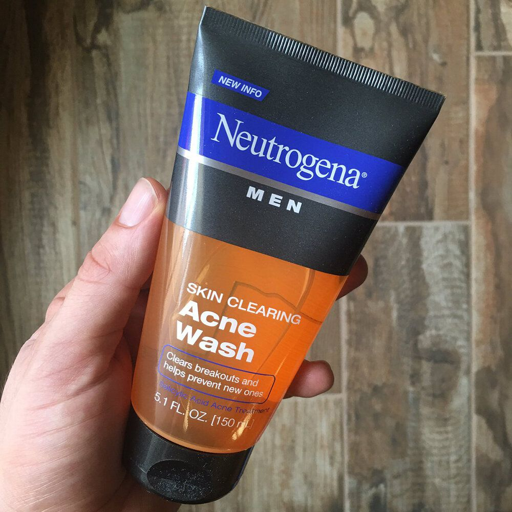 sữa rửa mặt Neutrogena Men Skin Clearing Acne Wash