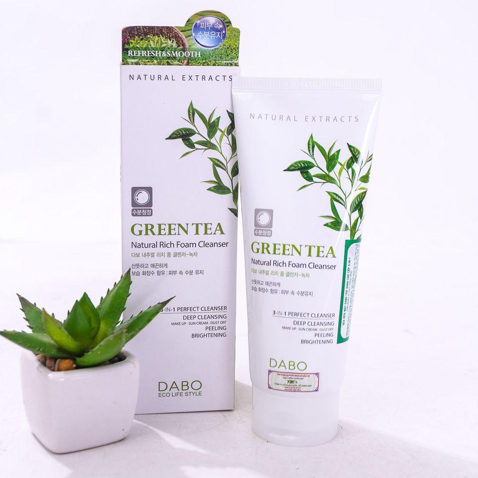 Sữa rửa mặt trà xanh Dabo Green Tea Hàn