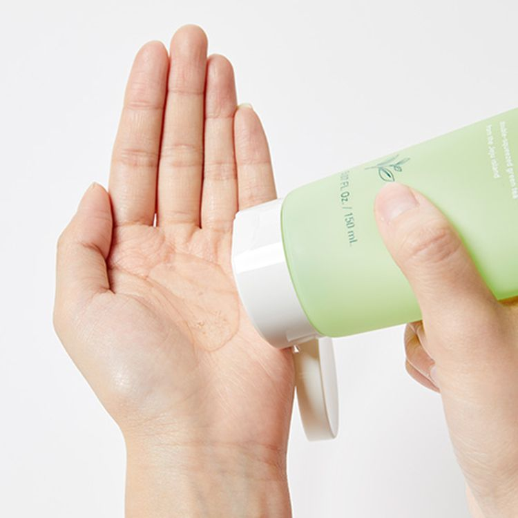 Sữa rửa mặt Innisfree Green Tea Morning Cleanser 1