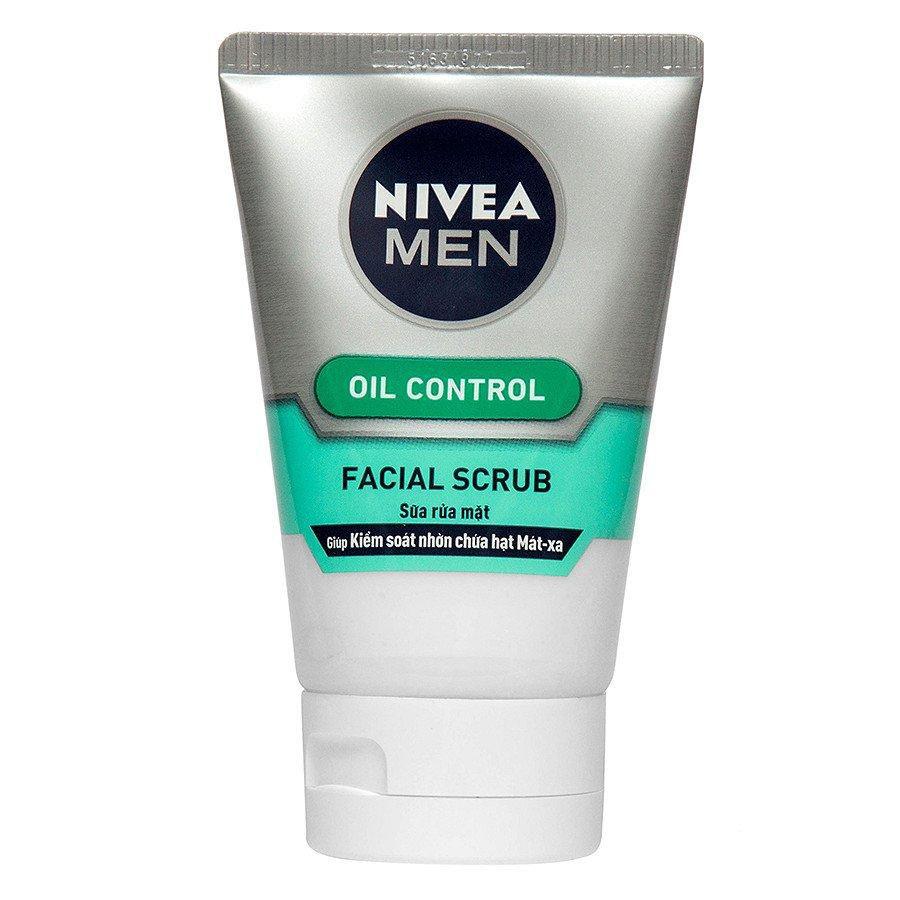 Sữa rửa mặt cho nam da nhờn Nivea Men Oil Control Facial Scrub
