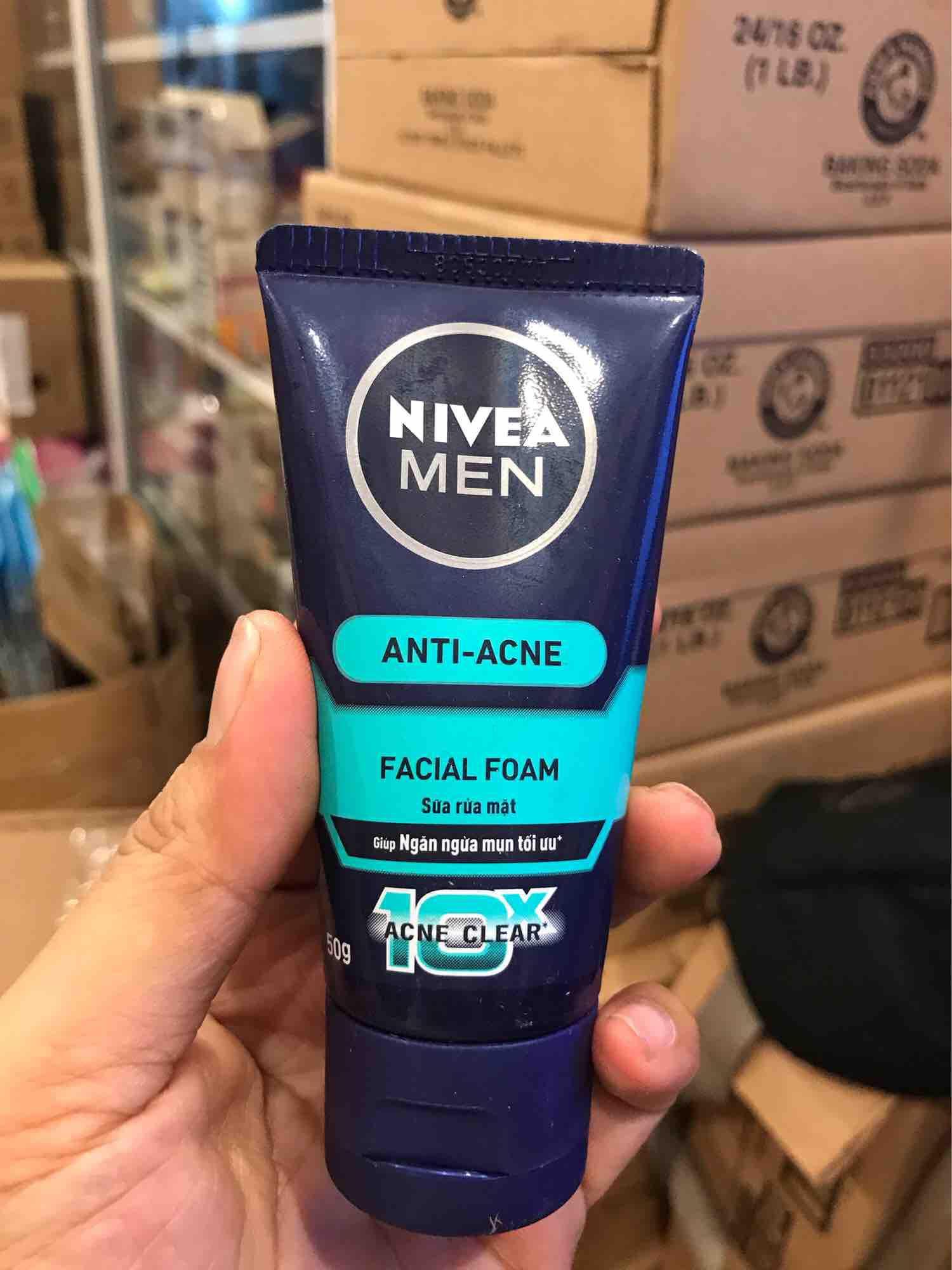 Sữa rửa mặt trị mụn cho nam Nivea Men Anti Acne Facial Foam 2