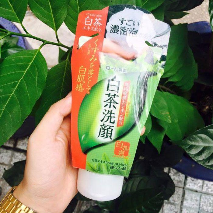 Sữa rửa mặt trà xanh của Nhật