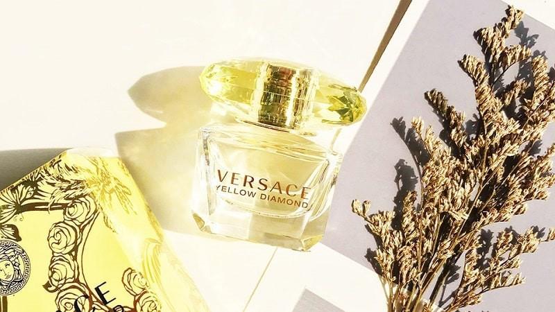 Nước hoa Versace Yellow Diamond cho nữ