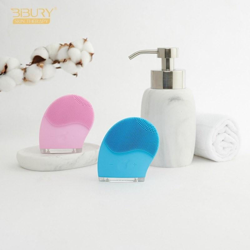 Cách sử dụng máy rửa mặt nói chung và máy rửa mặt Bibury nói riêng rất đơn giản