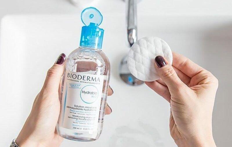 Công dụng của nước tẩy trang Bioderma nắp xanh dương