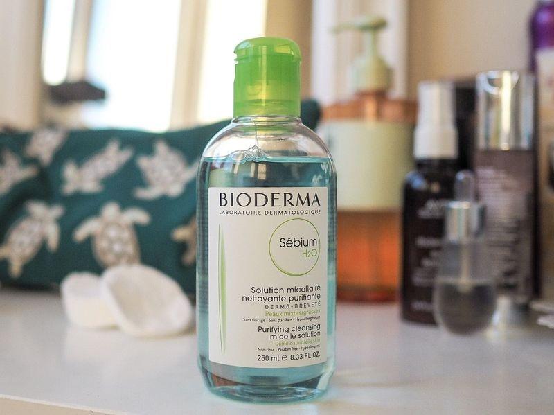 Nước tẩy trang Bioderma xanh giá bao nhiêu? Mua ở đâu chính hãng?