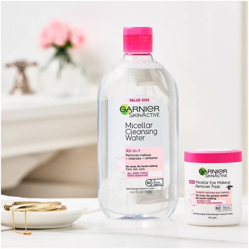 Nước tẩy trang Garnier hồng nhạt cho da nhạy cảm (Micellar Cleansing Water All-in-1)
