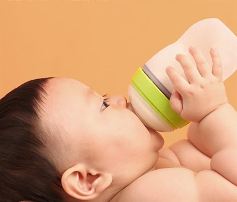 Cách sử dụng bình sữa Comotomo lần đầu