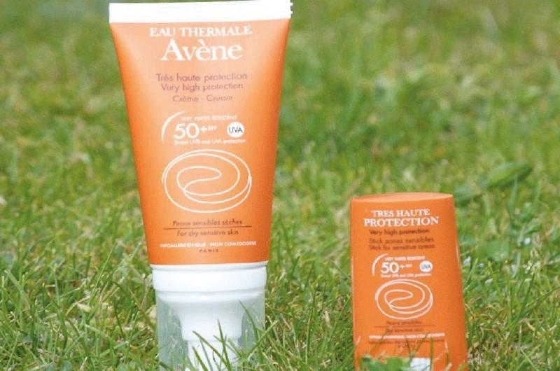 Kem chống nắng cho da khô Avène Very High Protection Cream SPF 50+