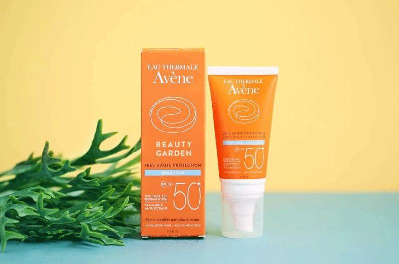 Kem chống nắng cho da nhạy cảm Avene Very High Protection Emulsion