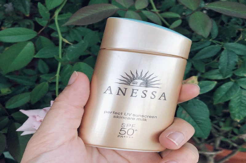 Kem chống nắng cho da nhạy cảm Anessa Perfect UV Sunscreen Mild Milk