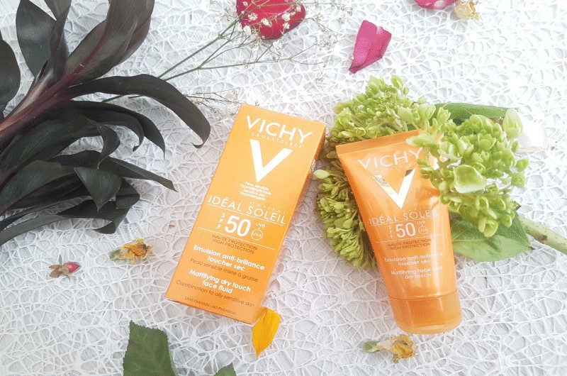 Kem chống nắng cho da nhạy cảm Vichy Ideal Soleil SPF 50