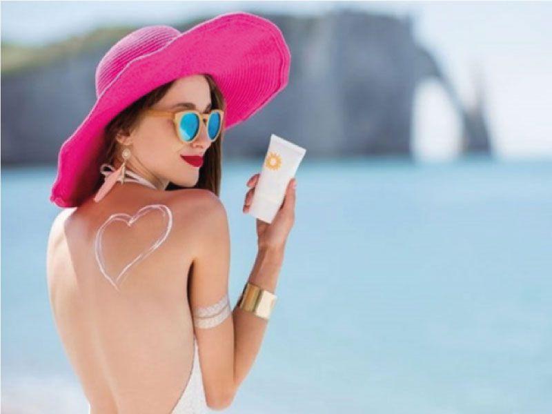 kem chống nắng body đi biển