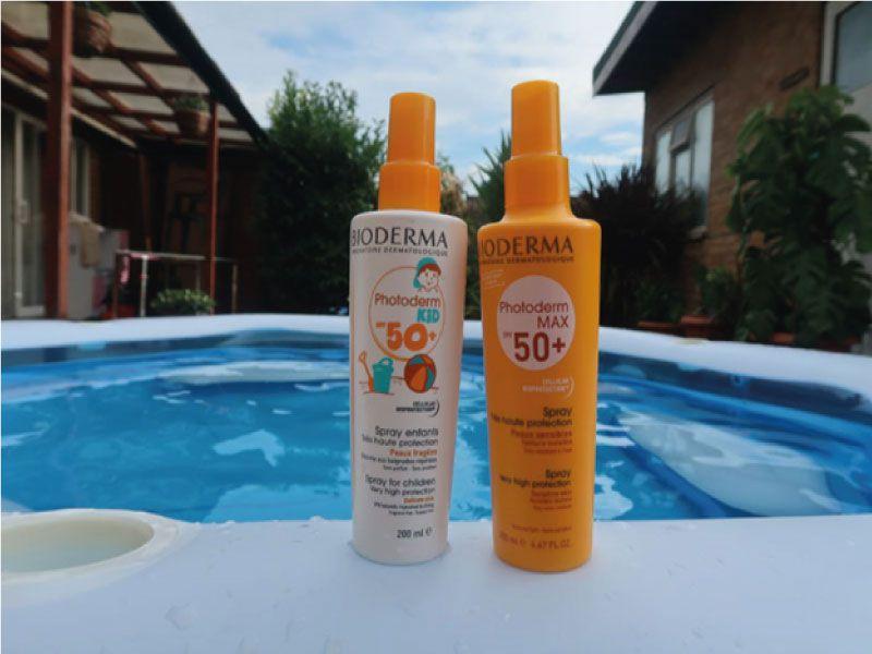 Kem chống nắng đi biển Bioderma Photoderm Max Spray SPF50+