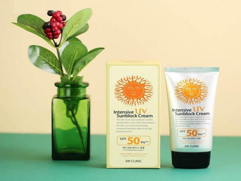 Kem chống nắng Hàn Quốc 3W Clinic Intensive UV Sunblock Cream