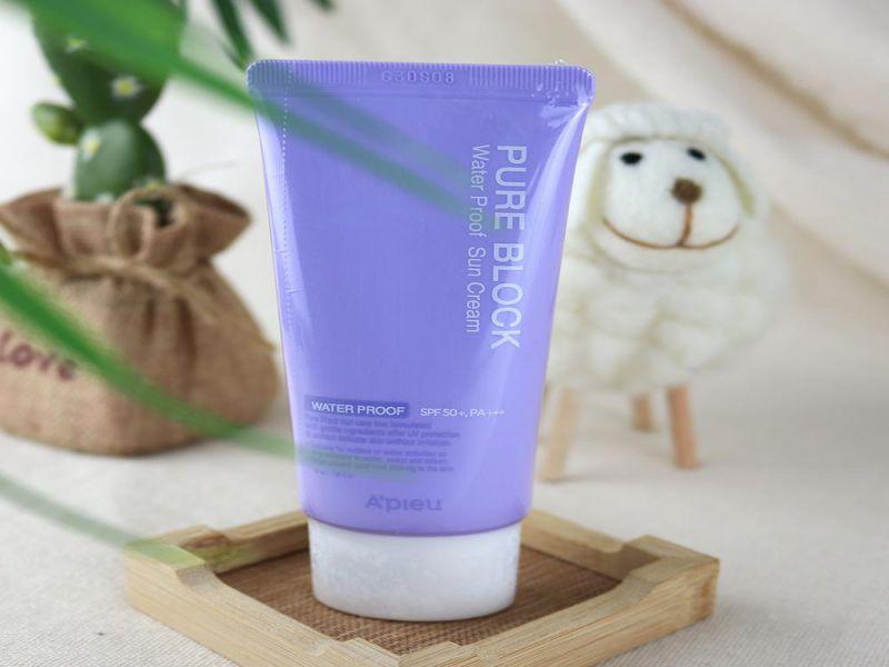 Kem chống nắng Hàn Quốc A'pieu Pure Block Natural Waterproof Sun Cream