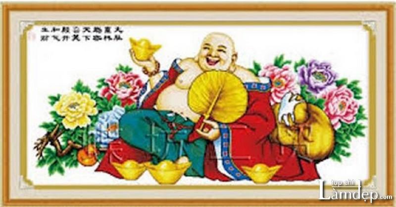Tranh thêu chữ thập Phật Di Lặc